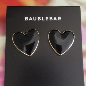 Baublebar mini Nallia black heart earrings
